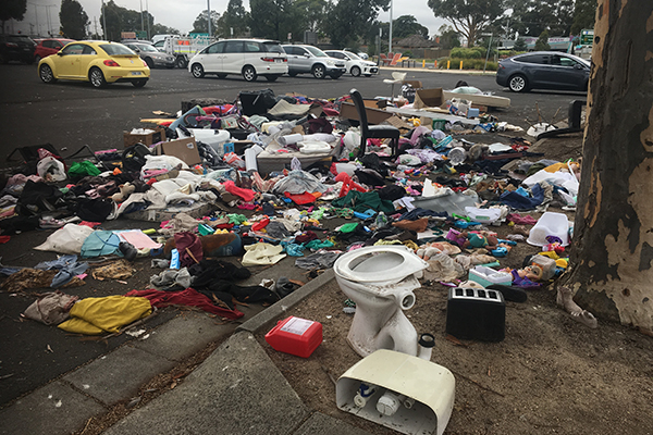Article image for Craigieburn locals voice 'disgust' over carpark rubbish