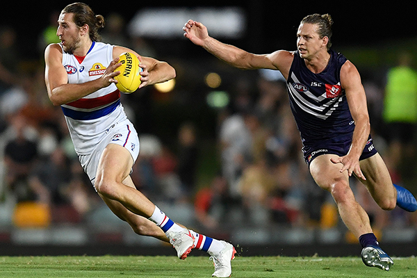 Article image for AFL stars Marcus Bontempelli and Nat Fyfe speak with 3AW