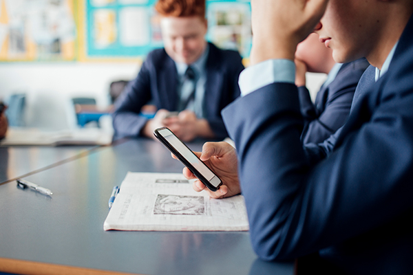 Article image for A teacher's observation about teenage boys that grabbed Tom Elliott's attention