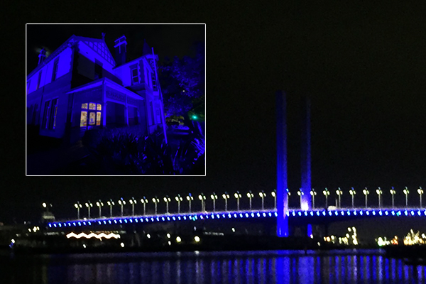 Article image for Victoria bathed in blue in tribute to fallen police officers