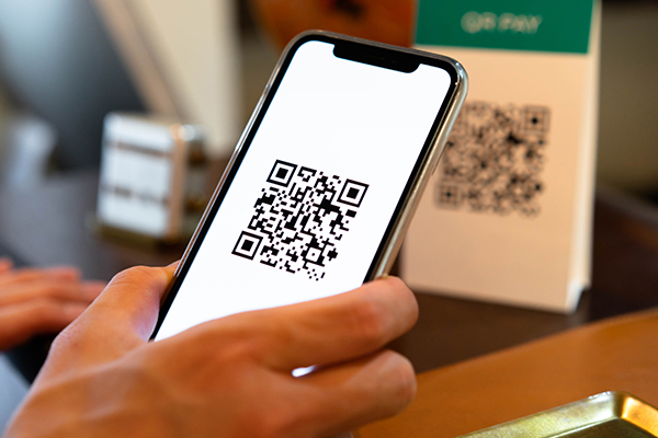 Article image for Neil Mitchell helps a listener struggling with QR codes