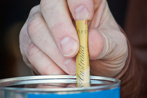 Article image for Good Friday Appeal tin-rattlers given lengthy list of what they can and can't do due to COVID-19