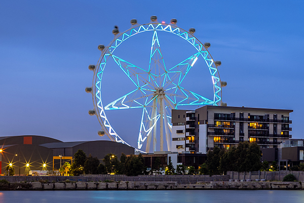 Article image for Melbourne Star observation wheel shuts down after 15 years