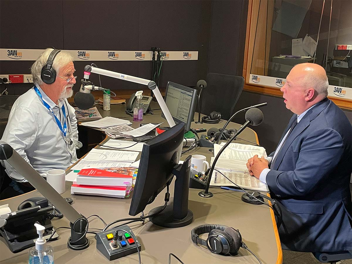 Article image for 'We're paying the price': Neil Mitchell grills Tim Pallas over state budget