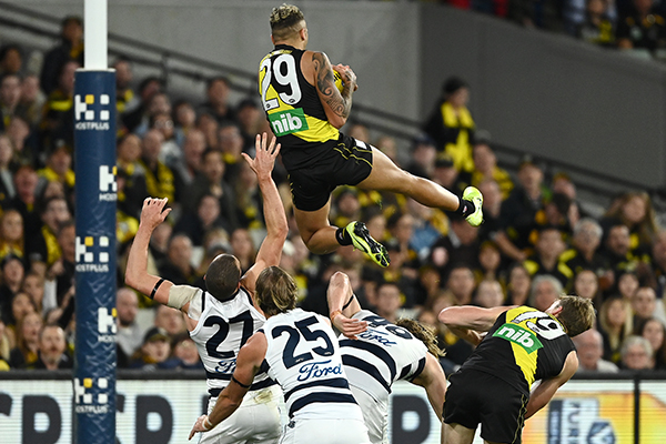Article image for Tim Lane's call of Shai Bolton's incredible mark against Geelong!
