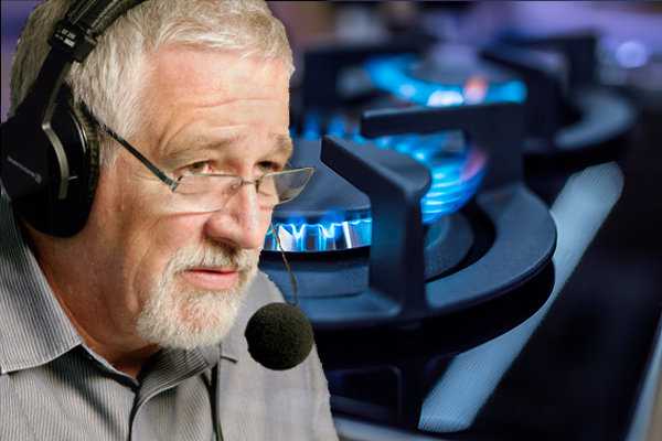 Article image for Neil Mitchell grills Climate Council doctor over warning about cooking with gas