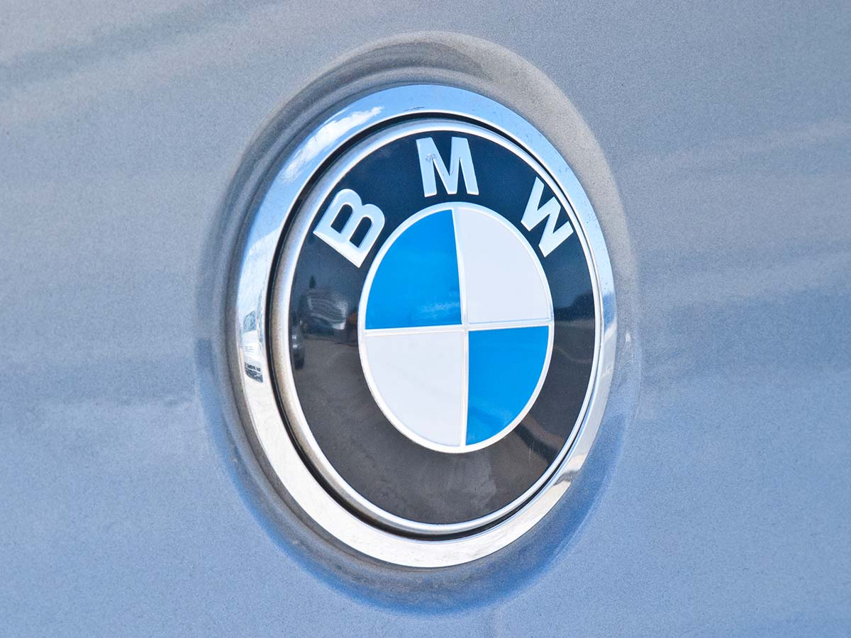 Melbourne man's BMW goes up in flames while awaiting recall inspection