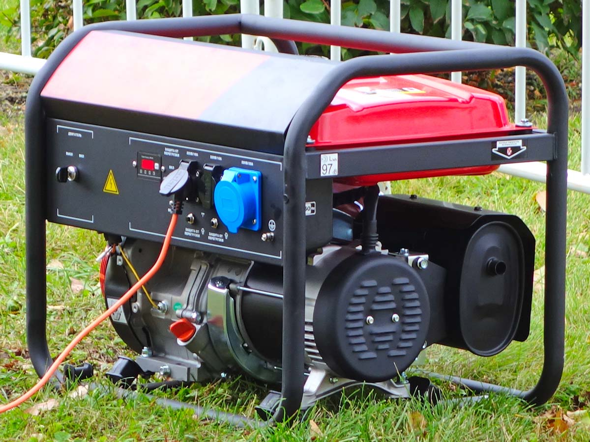'Sound of generators': Dandenong Ranges resident's brilliant parody song