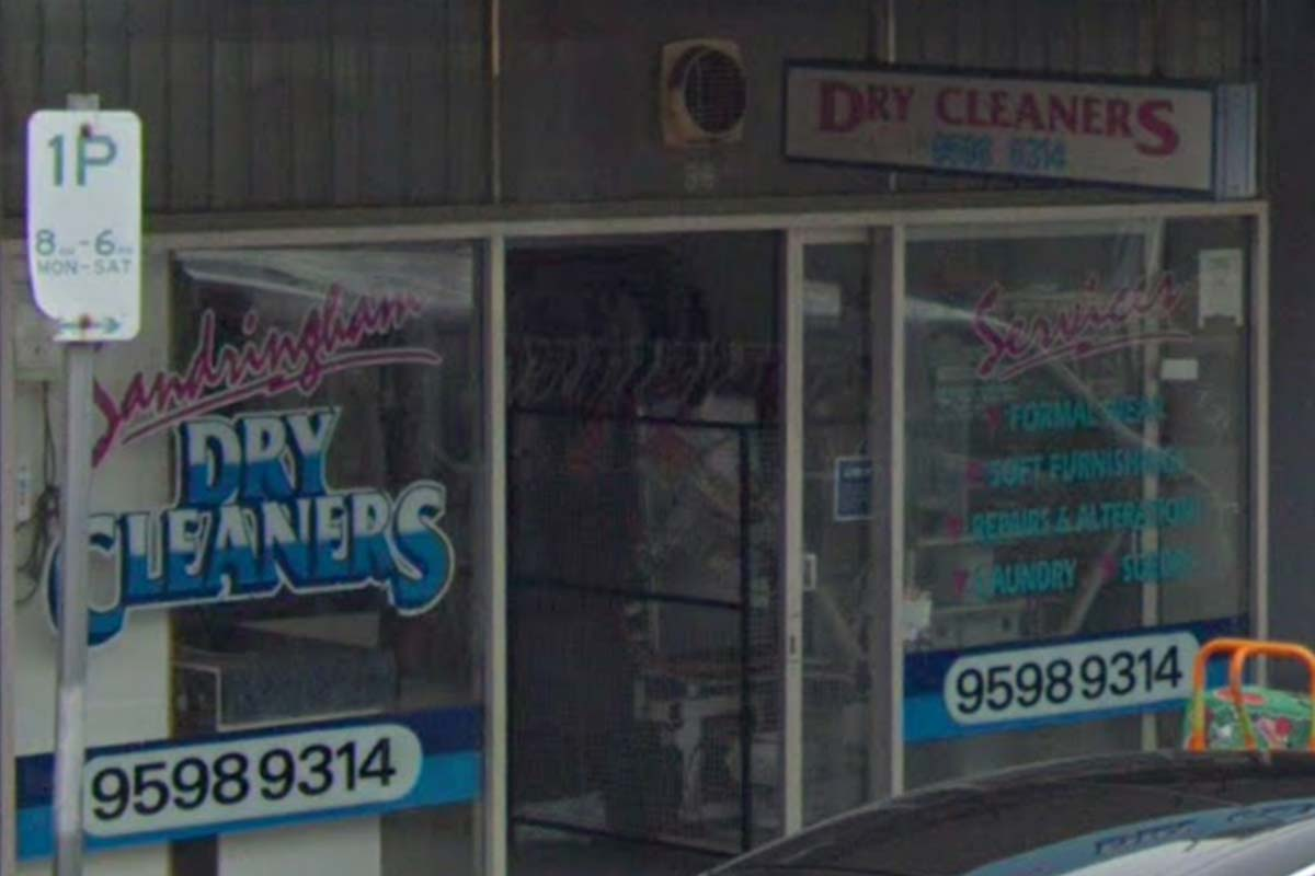 Article image for COVID-positive dry cleaner says he did 'everything right' and still contracted the virus