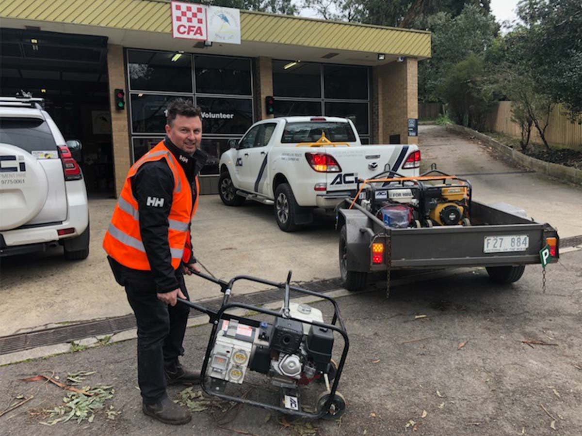 Article image for Generous company offers free loan generators to 3AW listeners left without power