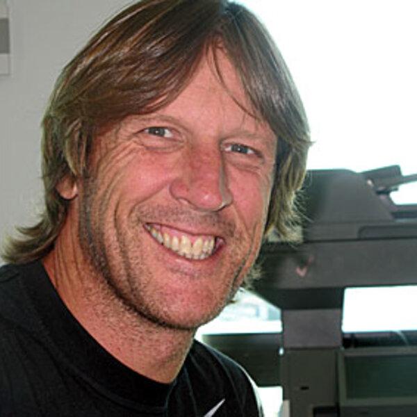 3aw newsreader David Armstrong
