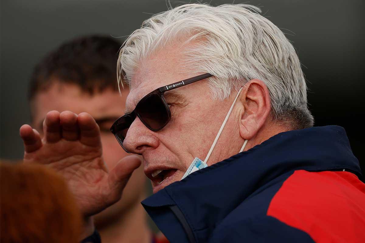VFL powerhouse moves on long-term coach Gary Ayres