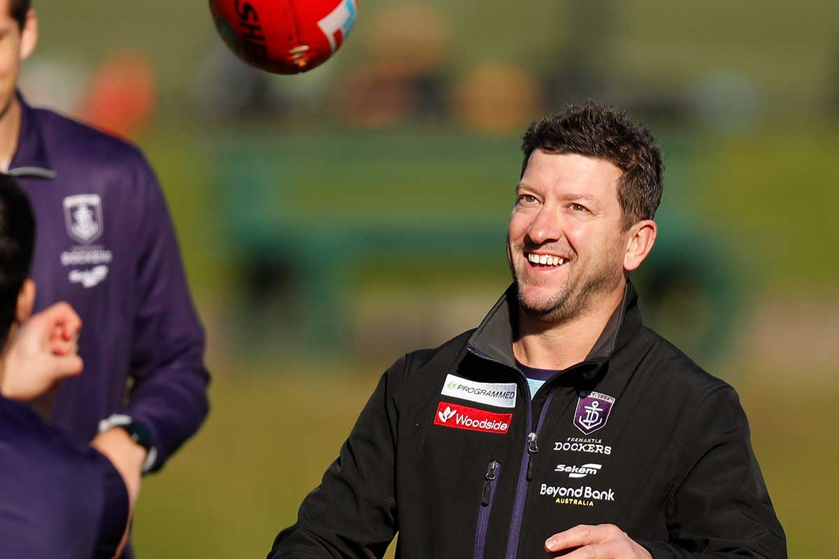 Fremantle assistant stood down, charged, over WA quarantine breach