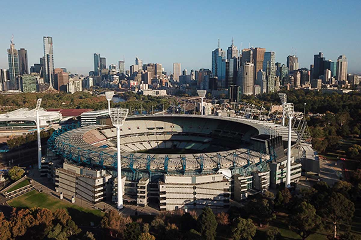 Sports minister plays down bold plan for big grand final crowd