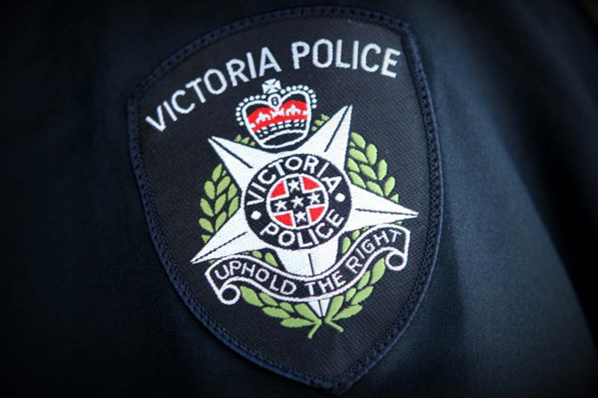Article image for Regional Victorians urged to contact police if they see Melburnians in their towns