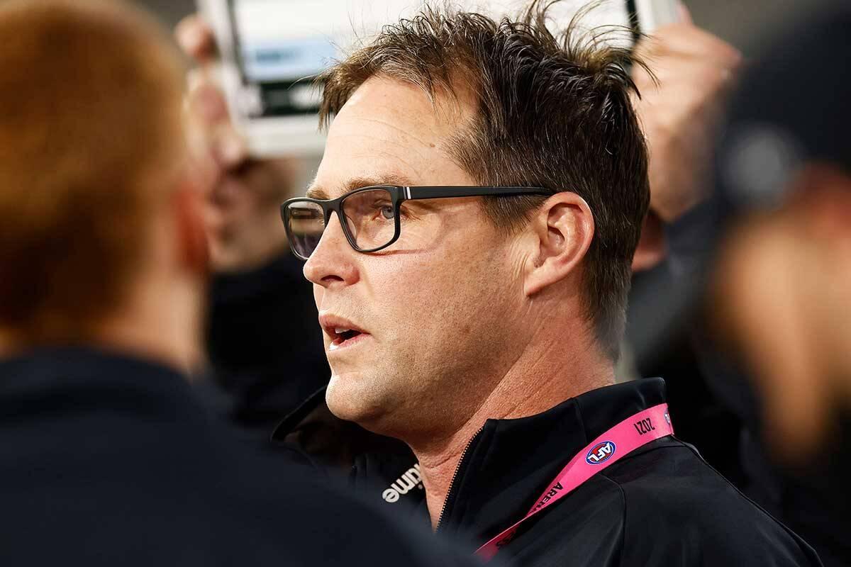 Article image for Carlton sacks David Teague as coach