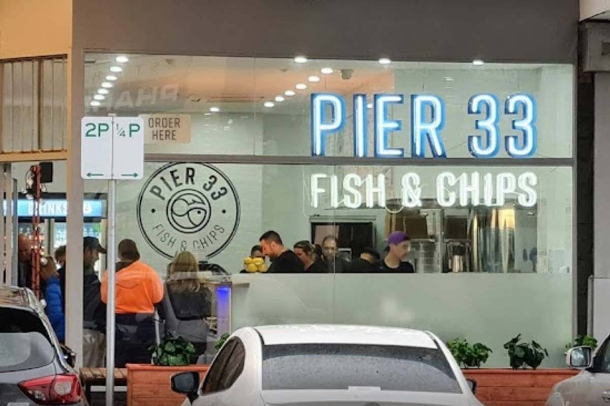 Pier 33 fish and chip shop in Brighton East