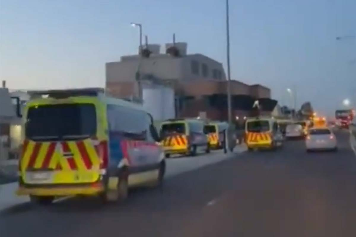 More ambulance ramping outside Northern Hospital as health system strains