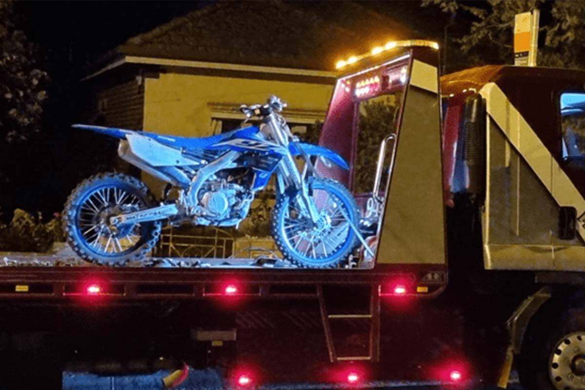 Article image for Hoon motorcyclist arrested after dangerous chase through nine suburbs