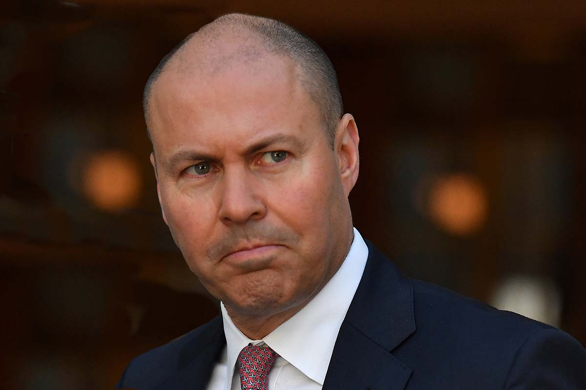 Federal Treasurer questions Victoria's reopening rules