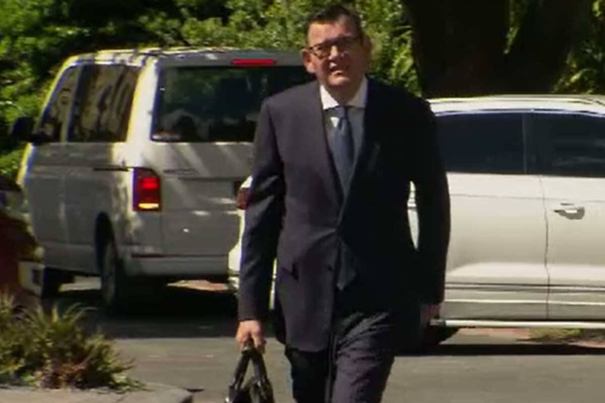 Article image for LATEST: 'Sorry' Daniel Andrews fined by police