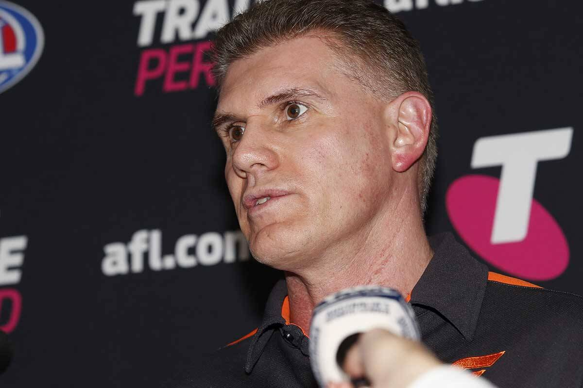 Article image for GWS footy boss shuts door on Bobby Hill deal